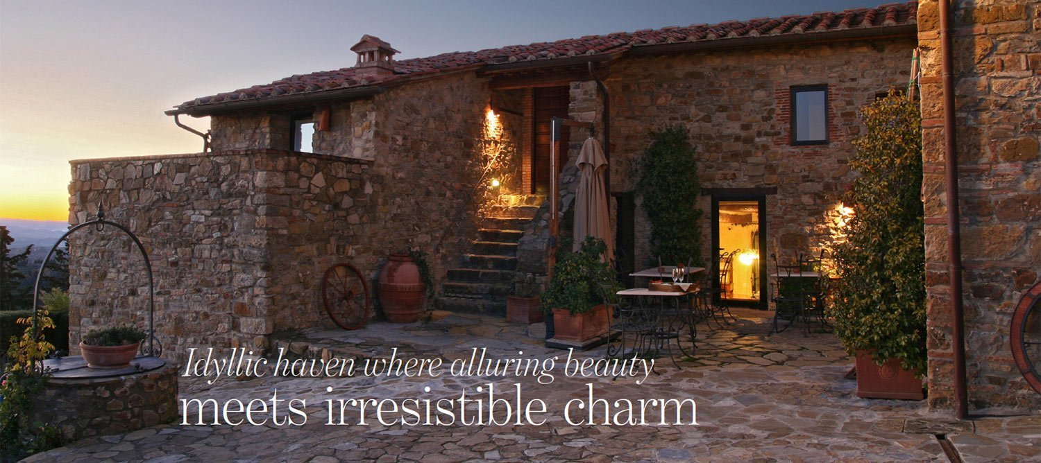 Idyllic haven where alluring beauty meets irresistible charm - Hillside property for sale in Tuscany Italy