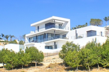Newly built golf villa in Las Colinas Alicante