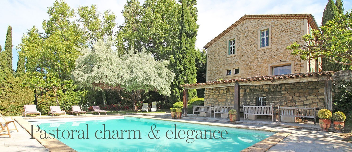 Pastoral charm and elegance - charming property for sale in Luberon