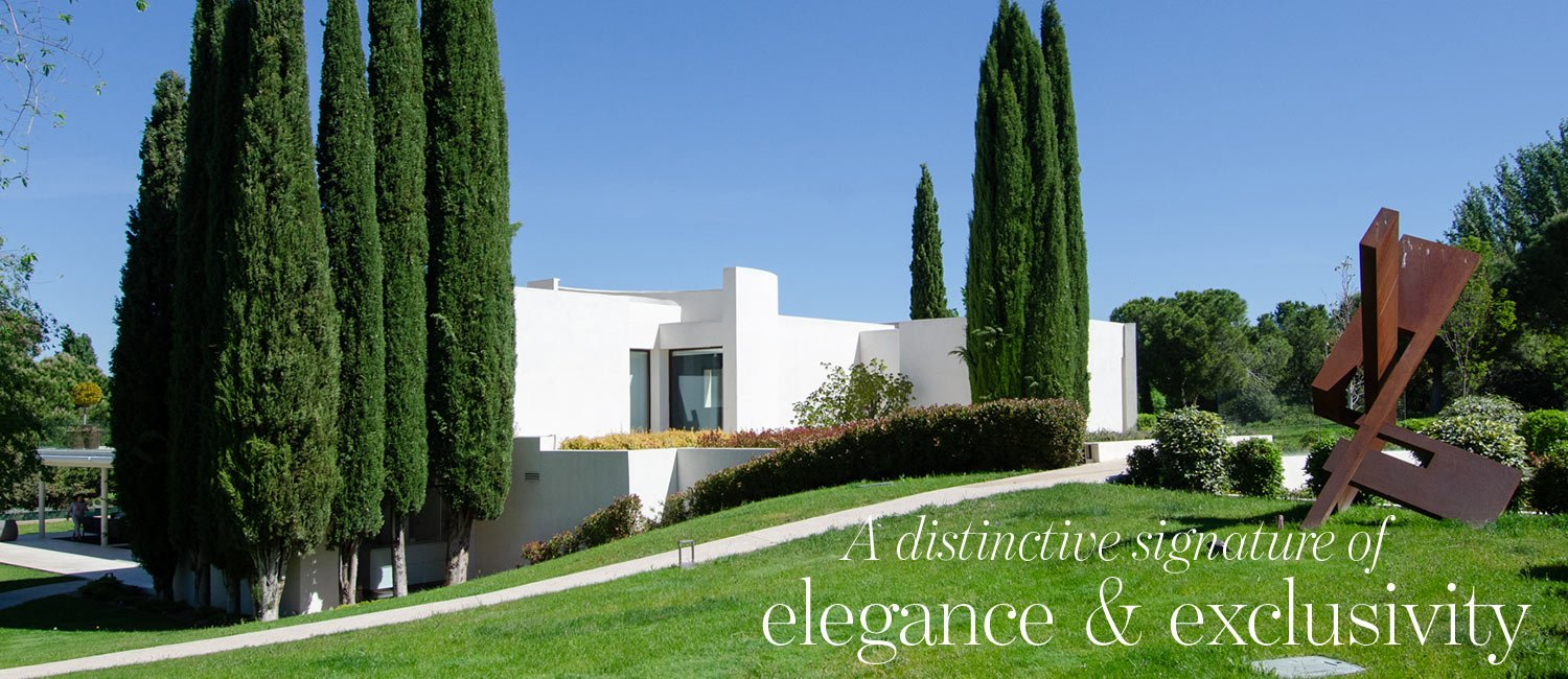 A distinctive signature of elegance & exclusivity - luxury home in La Moraleja Madrid