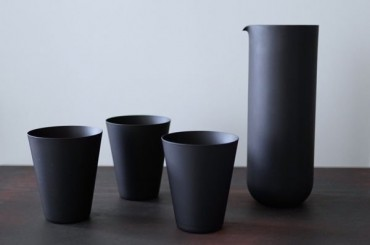 Iconic black frosted carafe and tumblers
